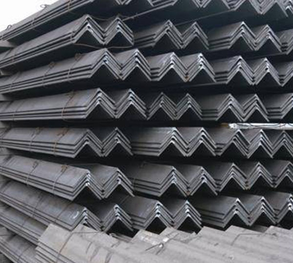 石城角铁生产